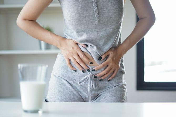 Simptome, boli digestive, Pierderea poftei de mâncare, anorexia, Dificultatea la înghițire, disfagia, Evacuarea pe gură, Durerea abdominală, Greața, Vărsătura